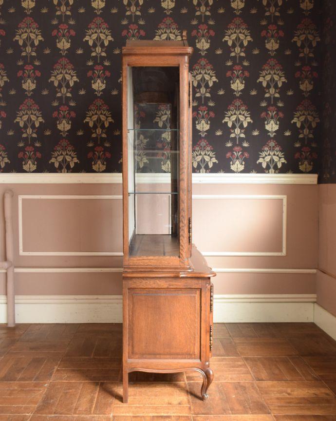 j-1854-f アンティークガラスキャビネット(飾り棚)の横