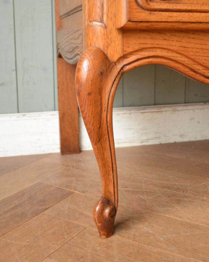 j-1860-f アンティークキャビネットの脚