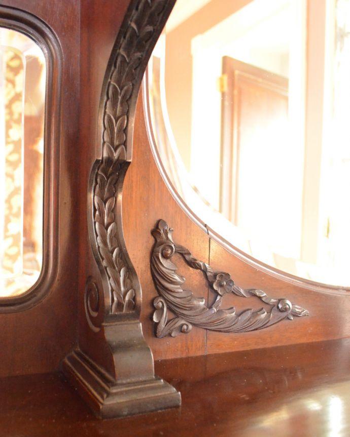 j-1866-f アンティークパーラーキャビネットの装飾2