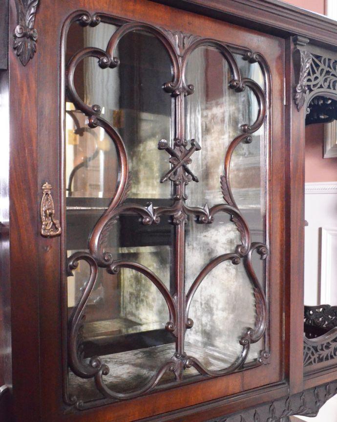 j-1866-f アンティークパーラーキャビネットの装飾4