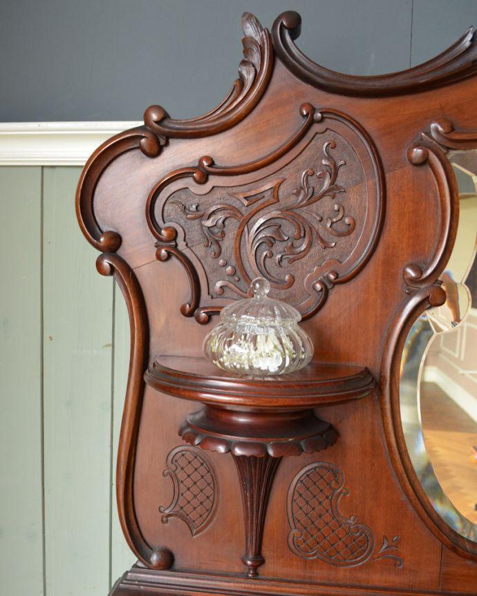 j-1867-f アンティークパーラーキャビネットの装飾1