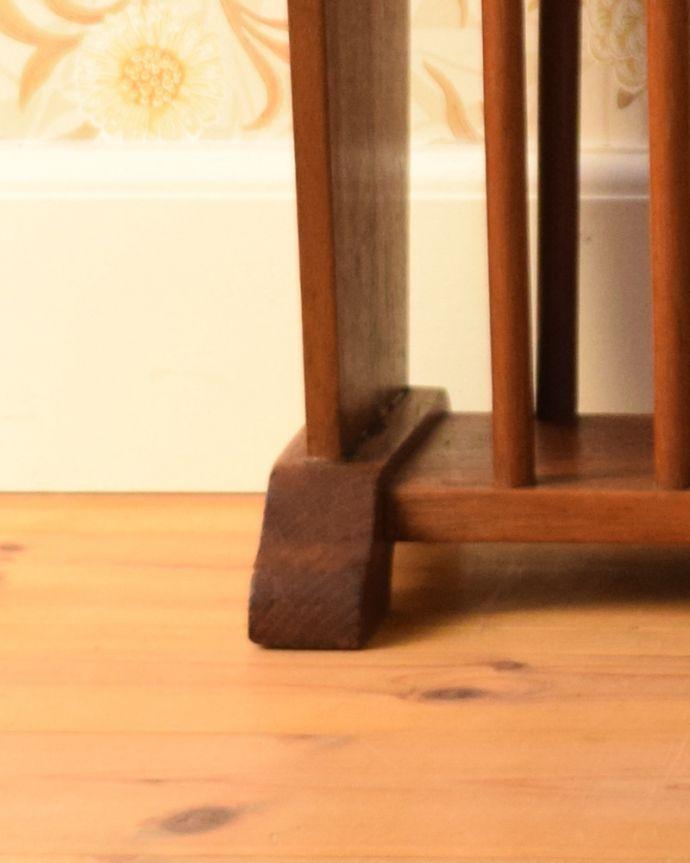 j-1875-f アンティークマガジンラックの脚