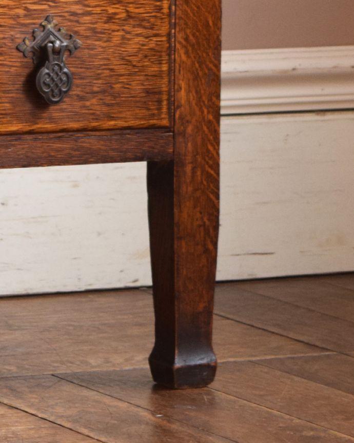 j-1899-f アンティークチェストの脚