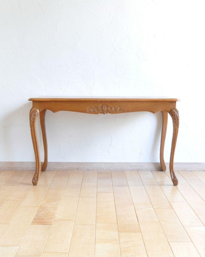 j-1928-f アンティークコーヒーテーブルの後ろ