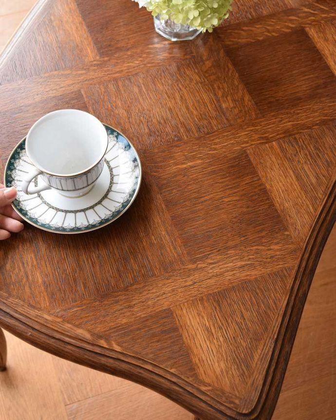 j-2020-f アンティークコーヒーテーブルのスタイリング2