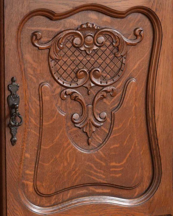 j-2072-f アンティークキャビネットの扉装飾