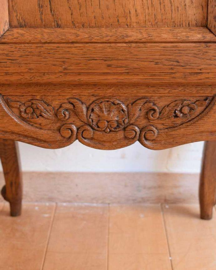 j-2351-f アンティークナイトテーブルの扉装飾
