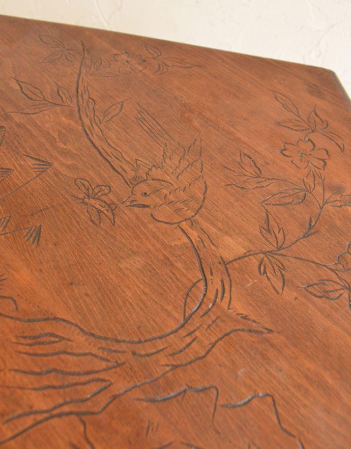 k-770-f アンティーク コーヒーテーブルの天板のアップ