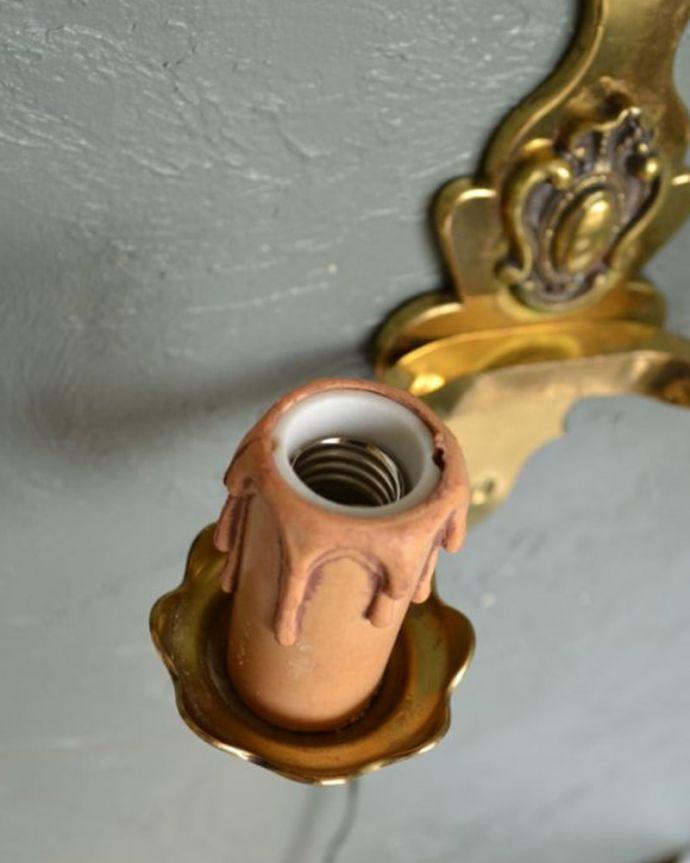 壁付けブラケット 照明・ライティング 英国のアンティーク壁付け照明、2灯タイプのウォールランプ(E17シャンデリア球付)。しっかりオーバーホウルをしたので、ご安心下さい。(k-1111-z)
