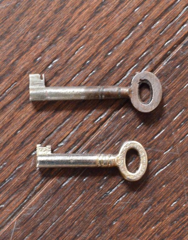 k-1146k-f アンティークサイドボードの鍵