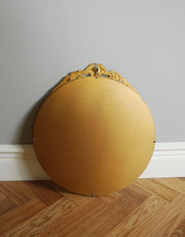 アンティーク カッティングミラー アンティーク雑貨 お花の装飾がエレガントなアンティークミラー(ゴールド)。裏面は木肌です。(k-1204-z)