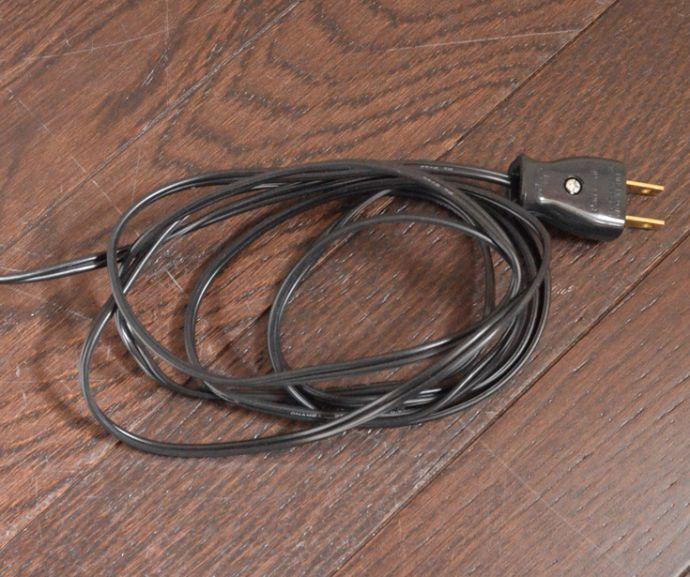 k-1354-f アンティークキャビネットのコンセント