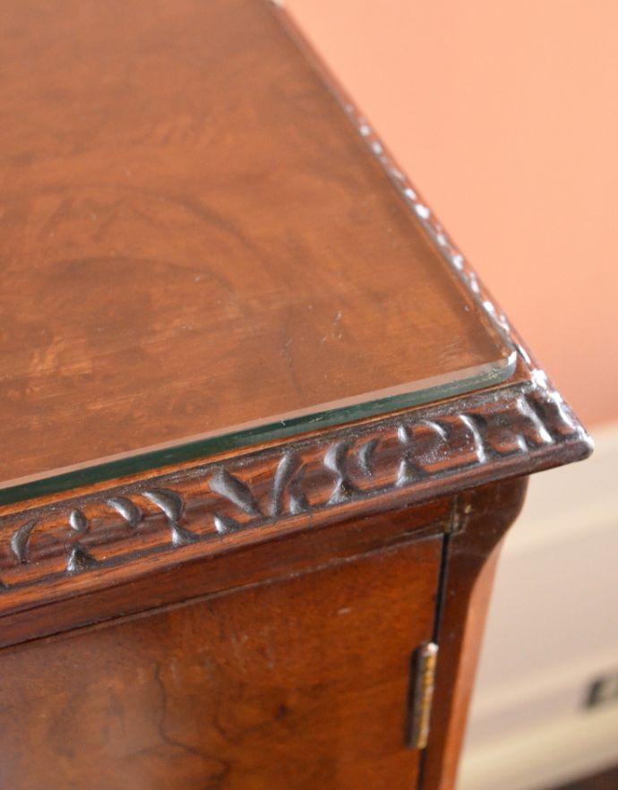 k-1395-f アンティークキャビネットの角の装飾
