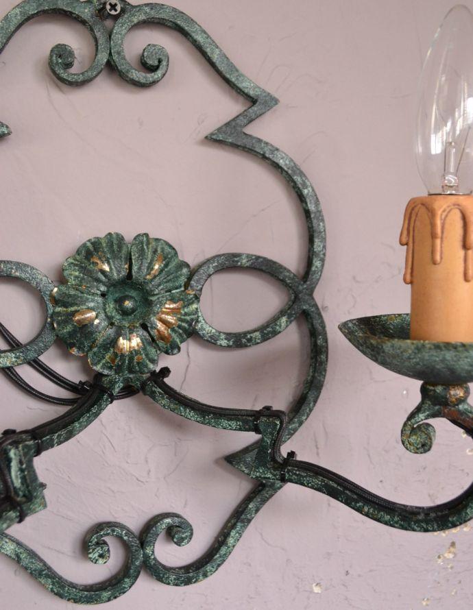 k-1465-z アンティークウォールブラケット(2灯)の装飾
