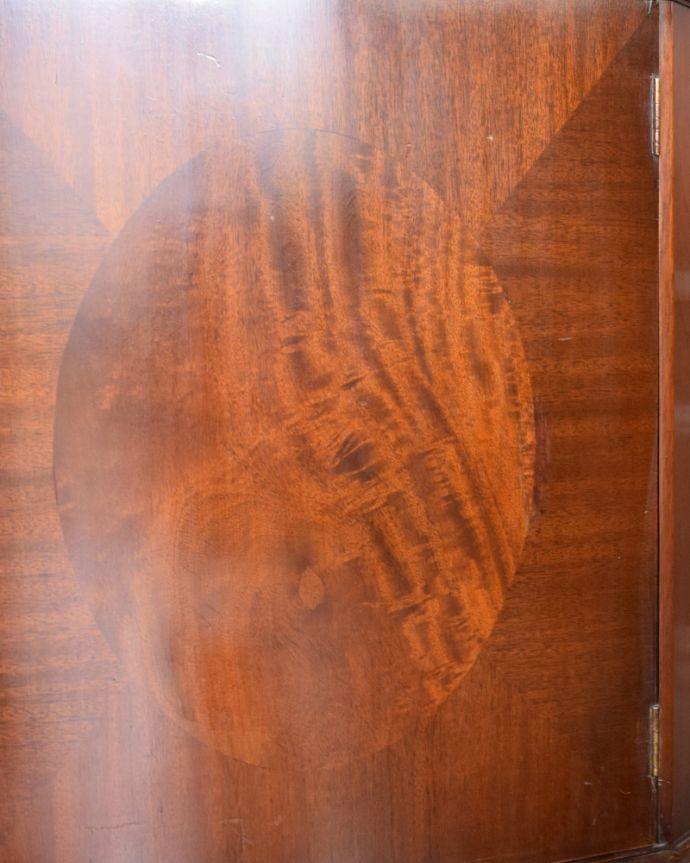 k-1556-f アンティークコーナーキャビネットの木製扉の装飾