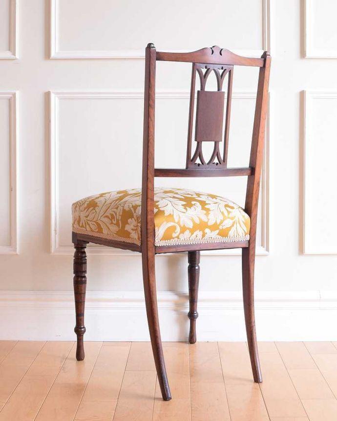 サロンチェア アンティーク チェア 美しい象嵌が気品溢れるアンティークのインレイドチェア。後ろ姿も上品です並べた時に後ろから見ることも多い椅子。(k-1560-c)