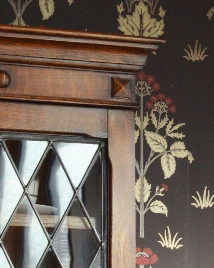 アンティークのキャビネット アンティーク家具 英国紳士たちが愛したかっこいいアンティーク家具、イギリス輸入のブックケース(本棚)。風格と品があるので、リビングはもちろん、和室や書斎、客間にも最適。(k-1565-f)