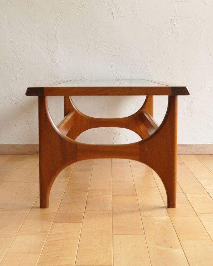 k-1588-f ヴィンテージコーヒーテーブルの横