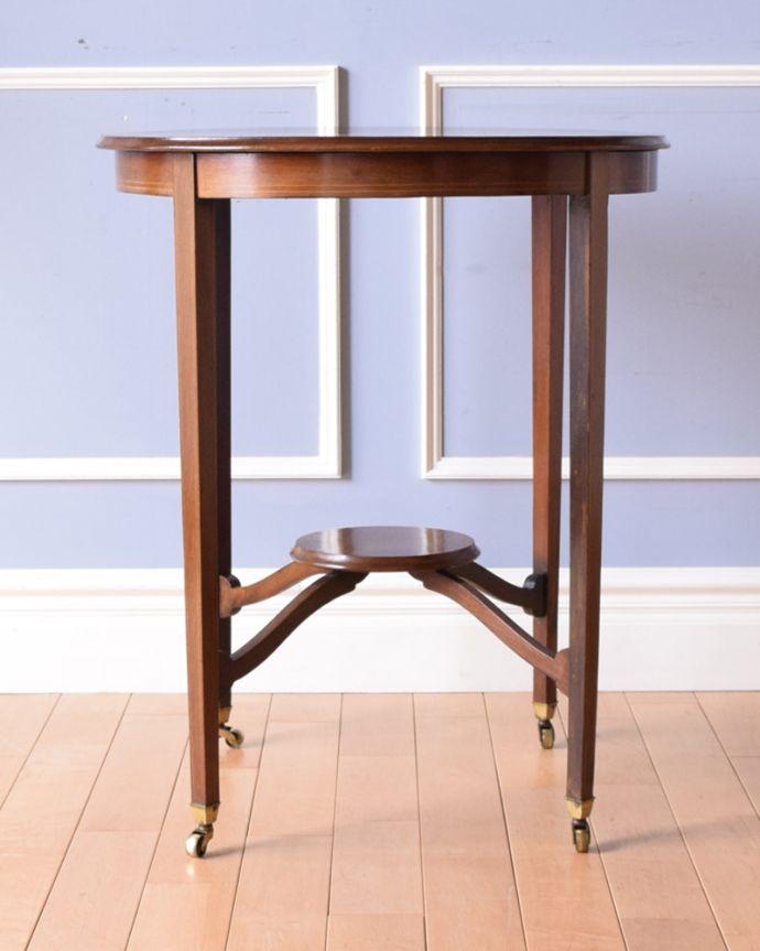 k-1645-f アンティークオケージョナルテーブルの横