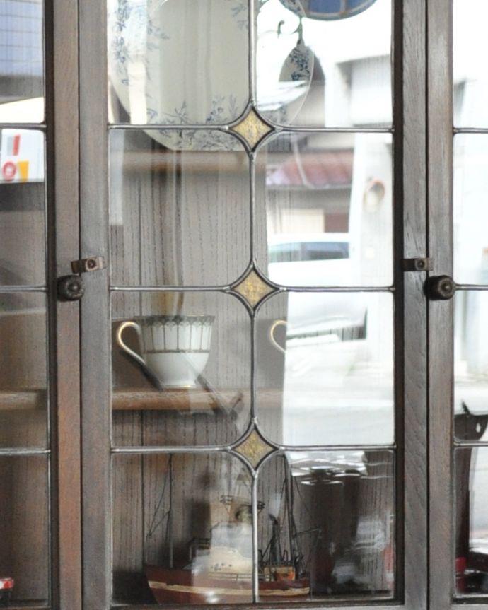 k-1657-f 英国のガラスキャビネット(カップボード)のステンドグラス