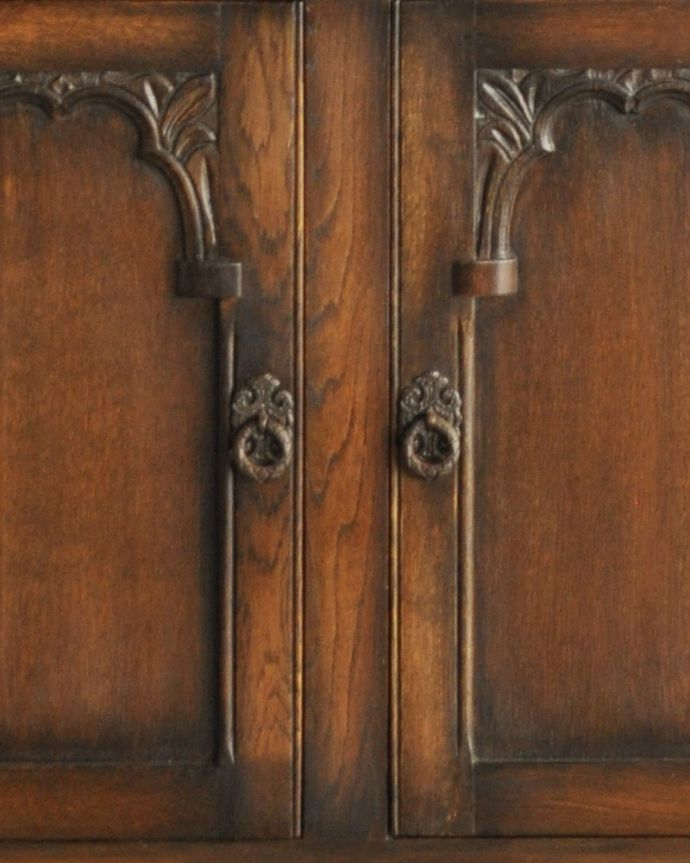 k-1657-f 英国のガラスキャビネット(カップボード)のガラス戸の取っ手2
