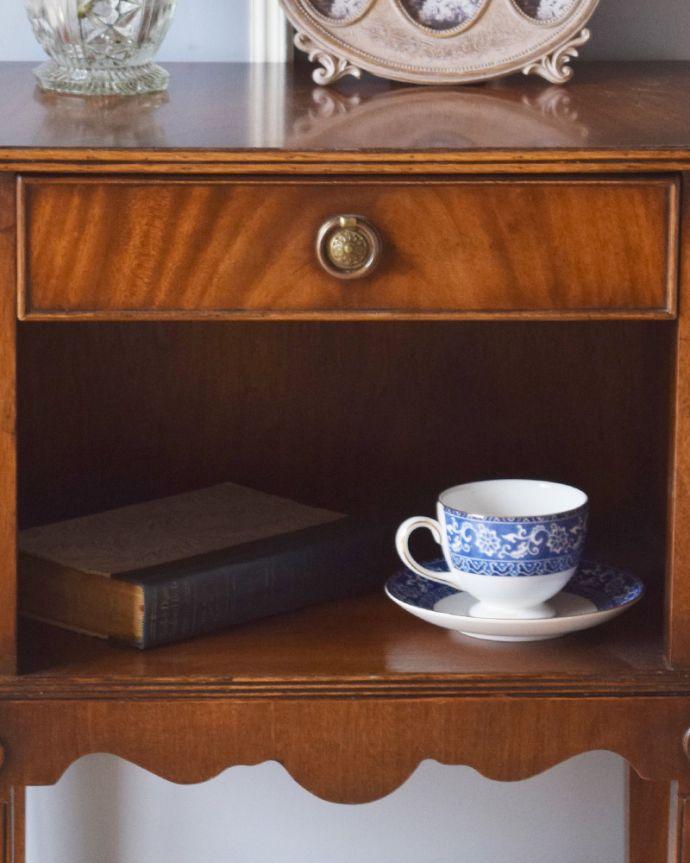 k-1672-f アンティークナイトテーブルの棚