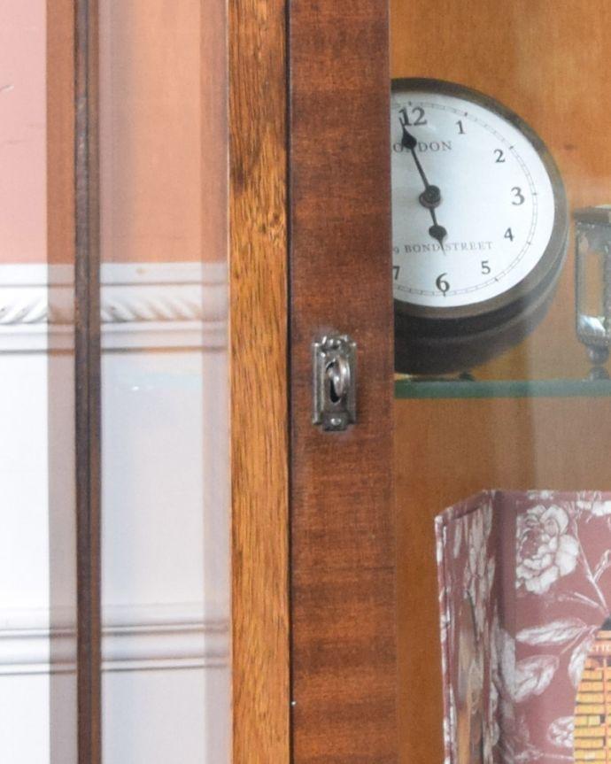 k-1674-f アンティークガラスキャビネットの鍵穴