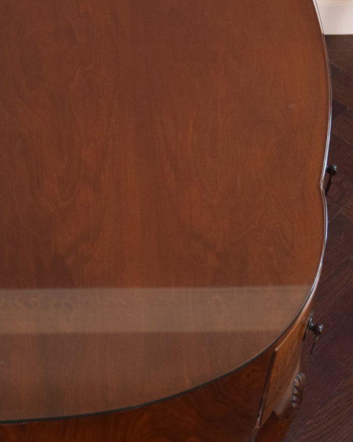 k-1687-f アンティークデスクの角