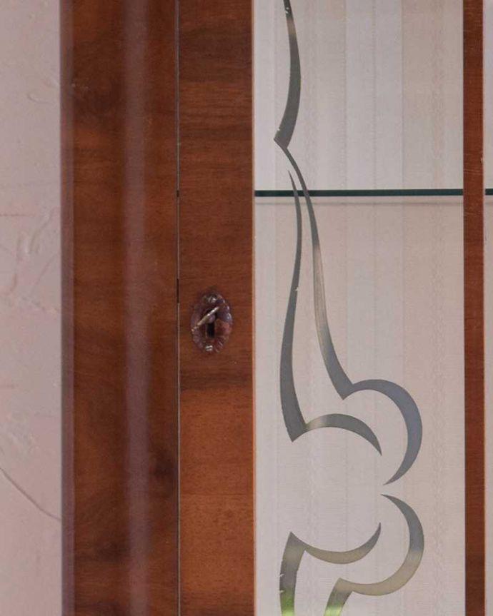 k-1695-f アンティークガラスキャビネットの鍵穴