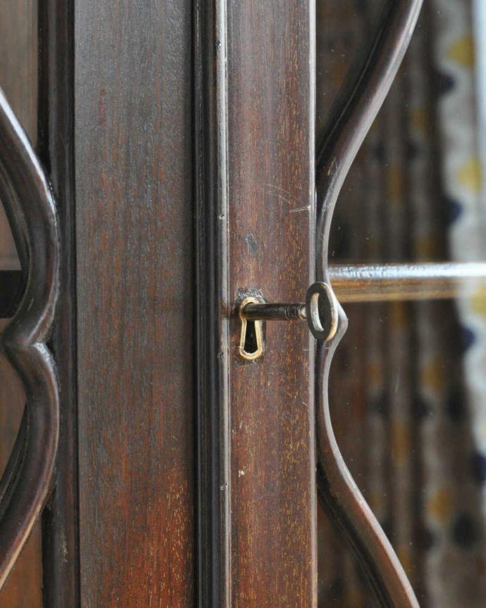 k-1703-f アンティークガラスキャビネットの鍵穴