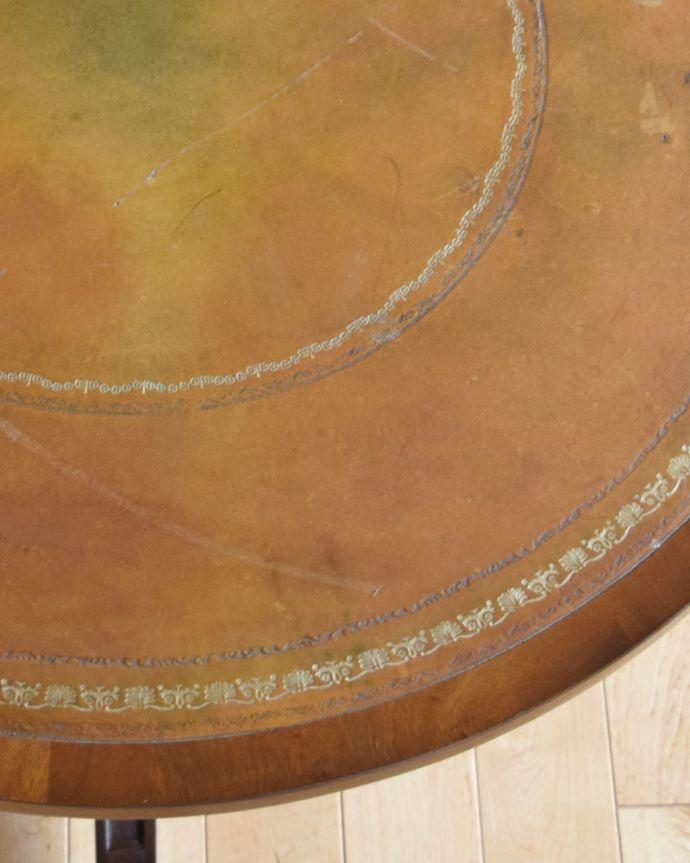 k-1707-f アンティークコーヒーテーブルの角