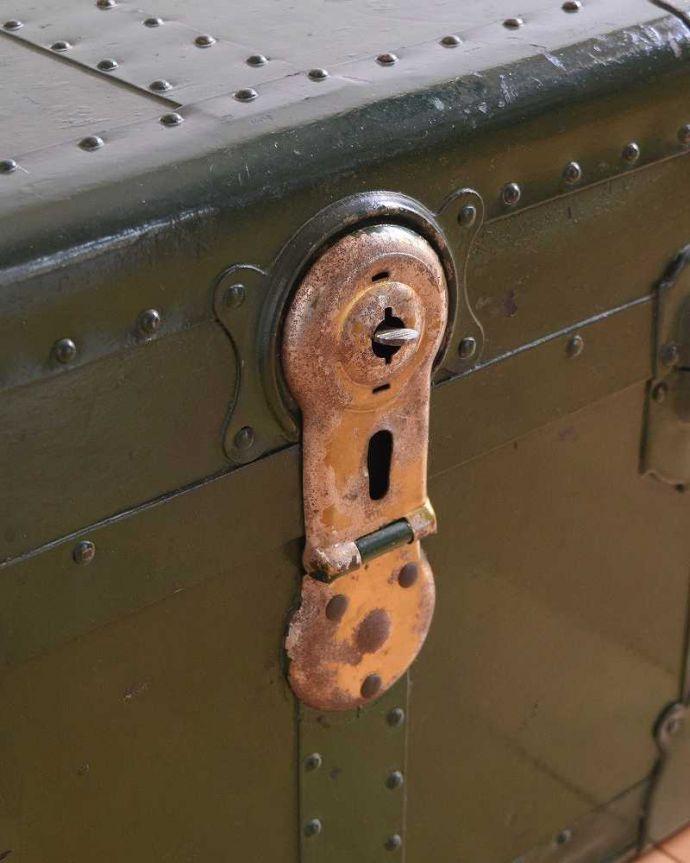k-1731-f 英国輸入のアンティークトランクケースの内側2