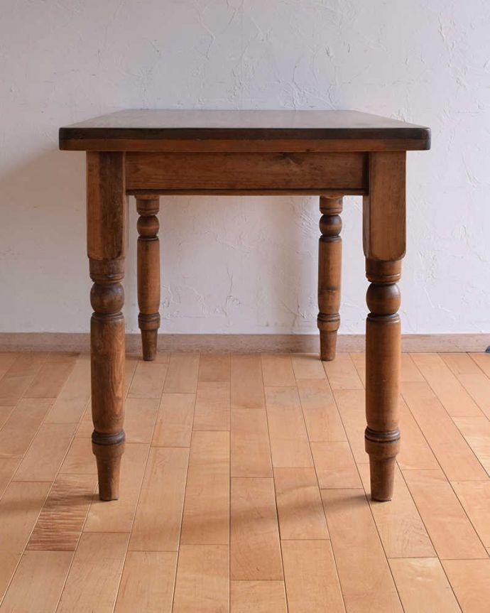 k-1831-f  アンティークリフェクトリーテーブルの後ろ