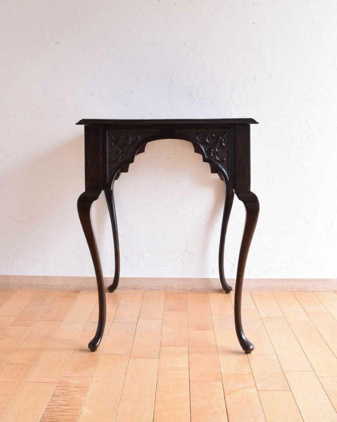 k-1849-f アンティークオケージョナルテーブルの横