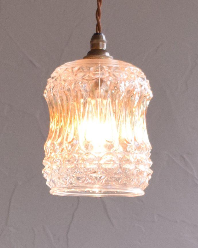 k-1870-z アンティークペンダントランプ(照明)の点灯時
