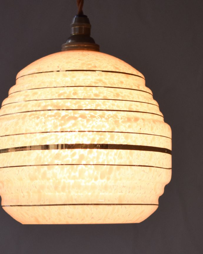 k-1879-z アンティークペンダントランプ(照明)の点灯時アップ