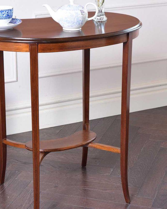 k-1885-f アンティークオケージョナルテーブルのアップ