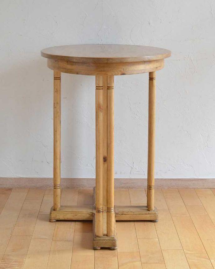 k-1911k-f アンティークリフェクトリーテーブルの横
