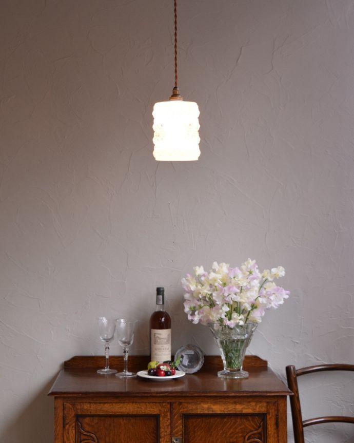 k-1917-z キッチンやダイニングに似合うアンティークペンダントライト(照明器具)の点灯時