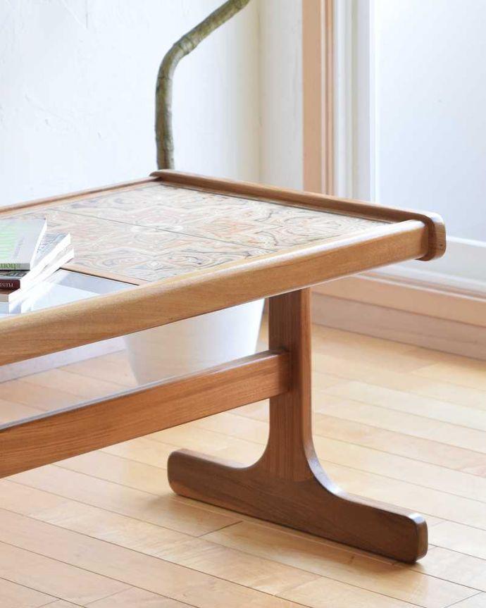 k-1961-f アンティークオケージョナルテーブルのアップ
