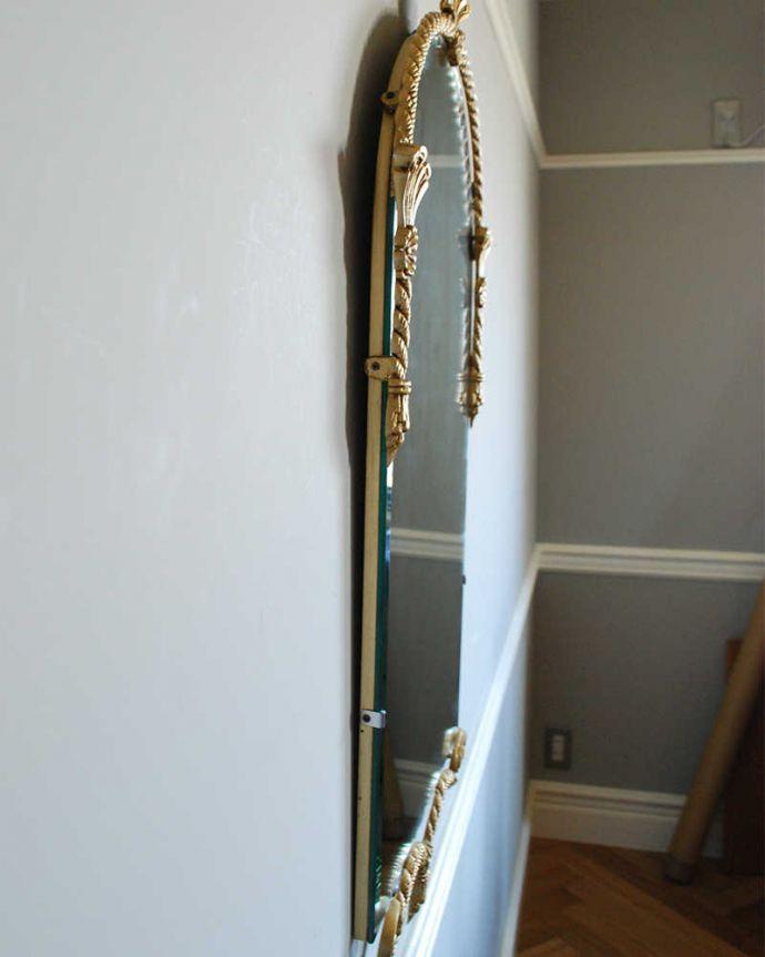 アンティーク ミラー(鏡) アンティーク雑貨 イギリスからのゴールドの装飾が美しいアンティークミラー。アンティークのミラーは重みがあります。(k-2029-z)