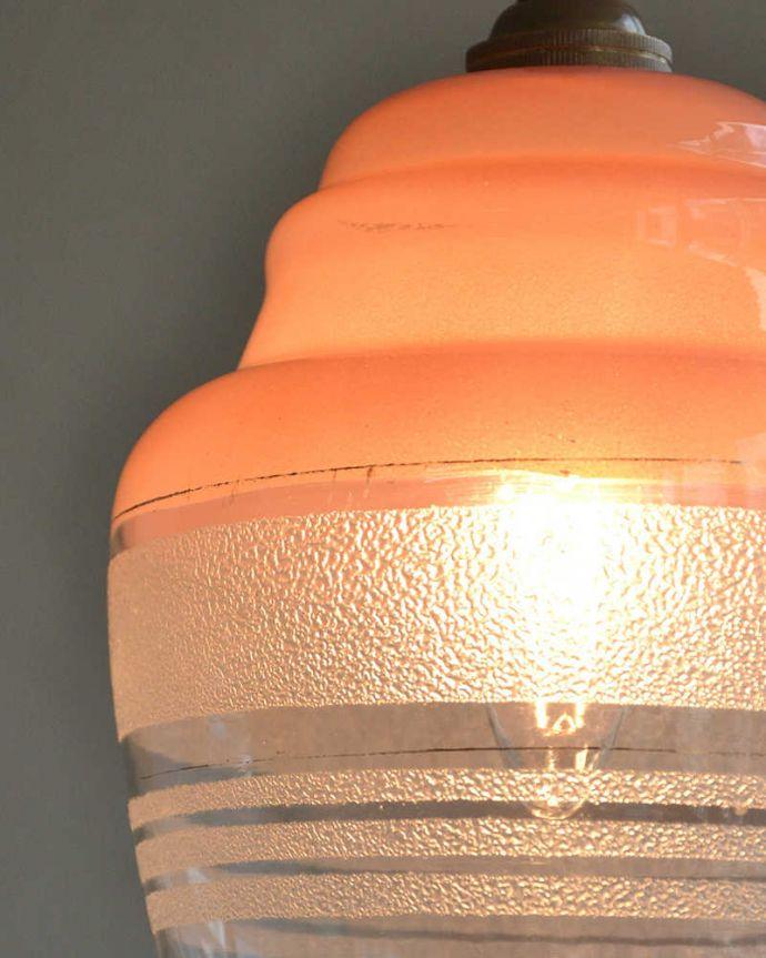 k-2066-z アンティークガラスシェードのアップ点灯時