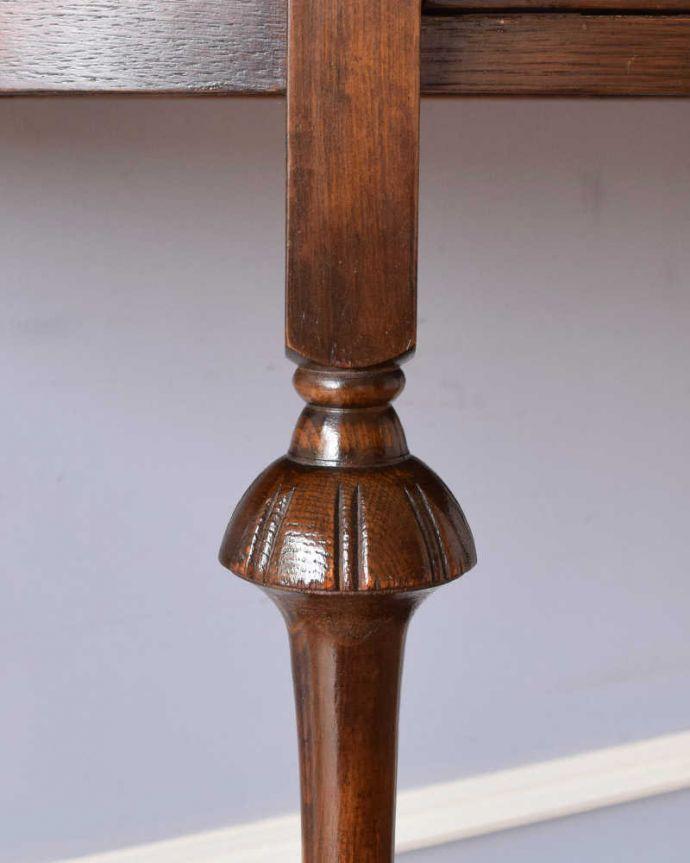 k-2109-f  アンティークサイドテーブルの装飾1