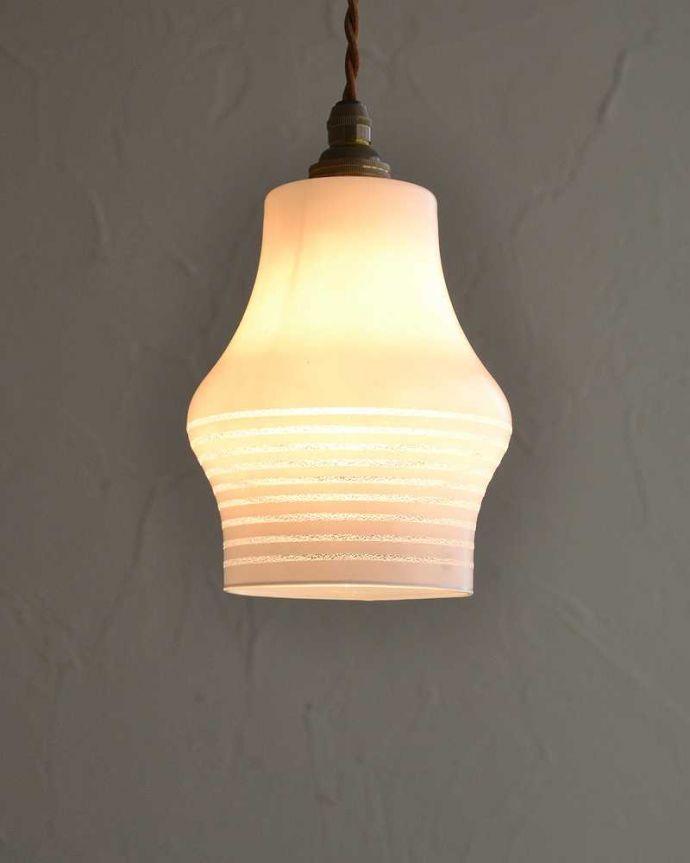 ペンダントライト 照明・ライティング 和室にも似合うアンティークのペンダントライト(コード・シャンデリア電球・ギャラリーなし)。。(k-2192-z)