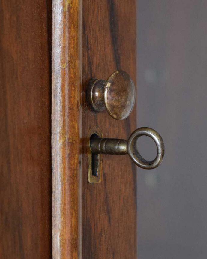 k-2195-f アンティークビューローブックケースの扉の取っ手・鍵