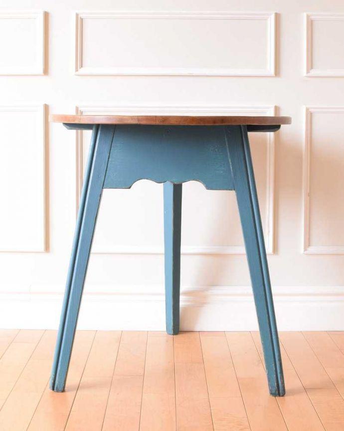 k-2323-f アンティークオケージョナルテーブルの横