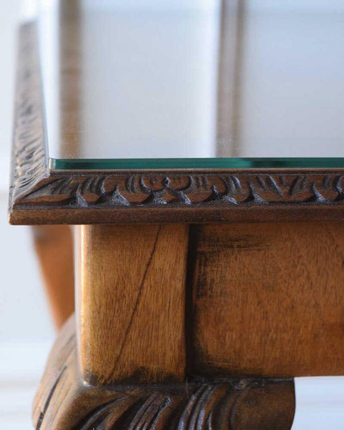 アンティークのテーブル アンティーク家具 クロウ&ボールの脚を持つコーヒーテーブル、英国のアンティーク家具。うっとりする美しさアンティークだから手に入る美しい彫。(k-2358-f)