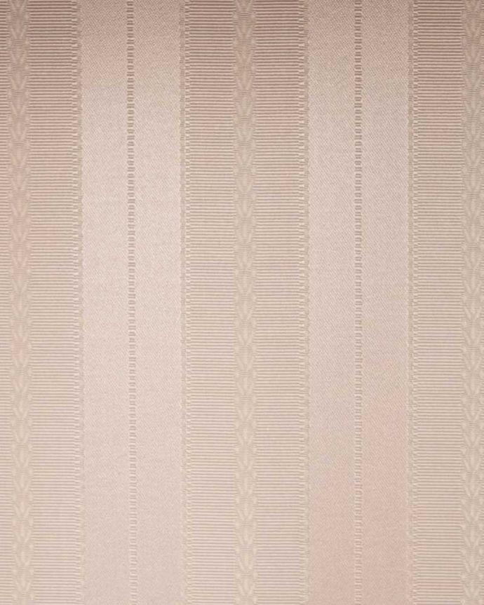 アンティークのキャビネット アンティーク家具 小さなバラが描かれた美しい英国のアンティーク キャビネット。新しく貼り替えましたキャビネットに似合う生地を選んで張り替えた背板。(k-2373-f)