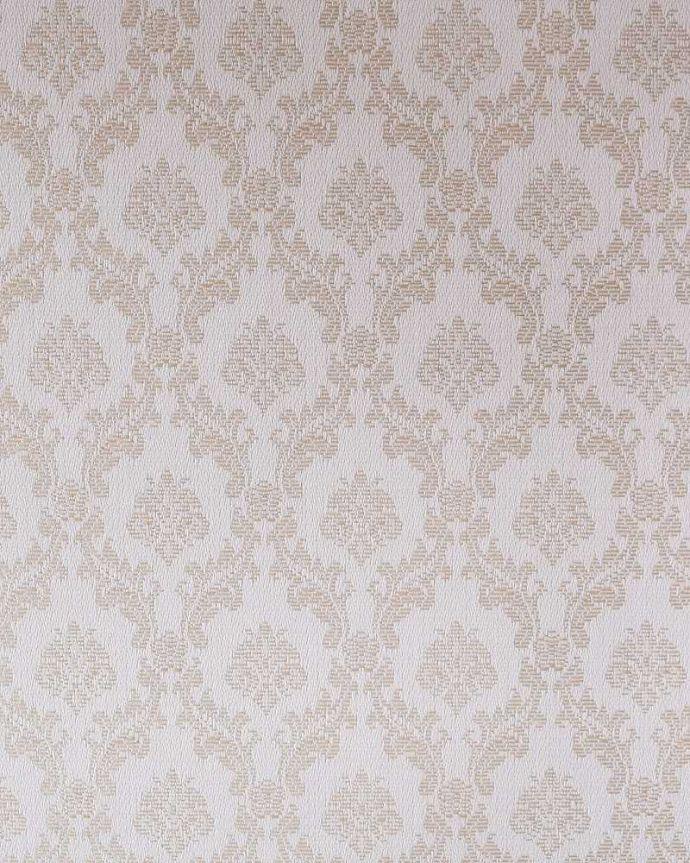 アンティークのキャビネット アンティーク家具 正統派の英国アンティークキャビネット、ゴシックデザインの定番ガラスキャビネット 。新しい生地で張り替えましたキャビネットの表情に合わせて新しい背板の生地を選びました。(k-2396-f)