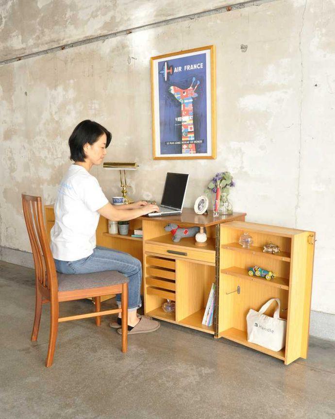 アンティークのキャビネット アンティーク家具 ホームオフィス社のデスクキャビネット、多機能なイギリスのヴィンテージ家具。扉はここまで開きます扉を開くだけで小さなオフィスが出来上がります。(k-2583-f)